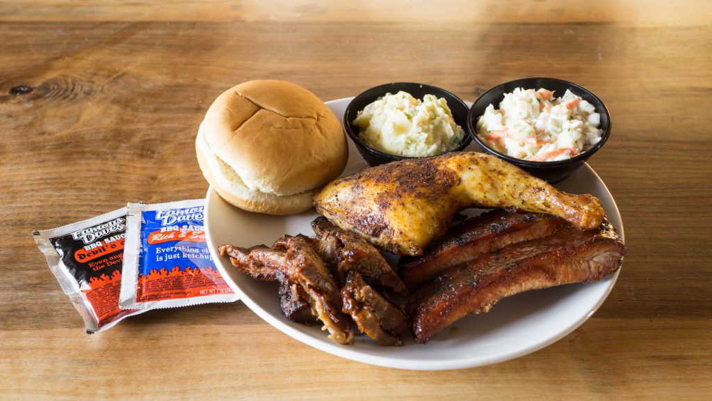 Famous Dave's BBQ Whole Hog Package