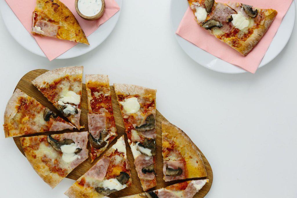 Pizza pre-cut