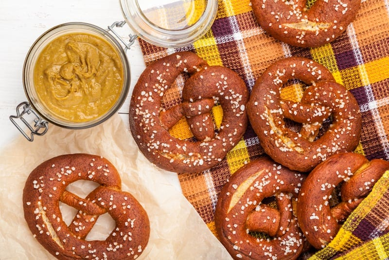 Soft-pretzel bar and German lagers