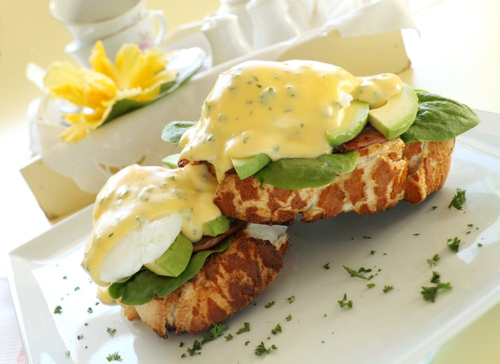 Use our budget-friendly strategies to whip up an invigorating, cheap breakfast catering order in a snap.