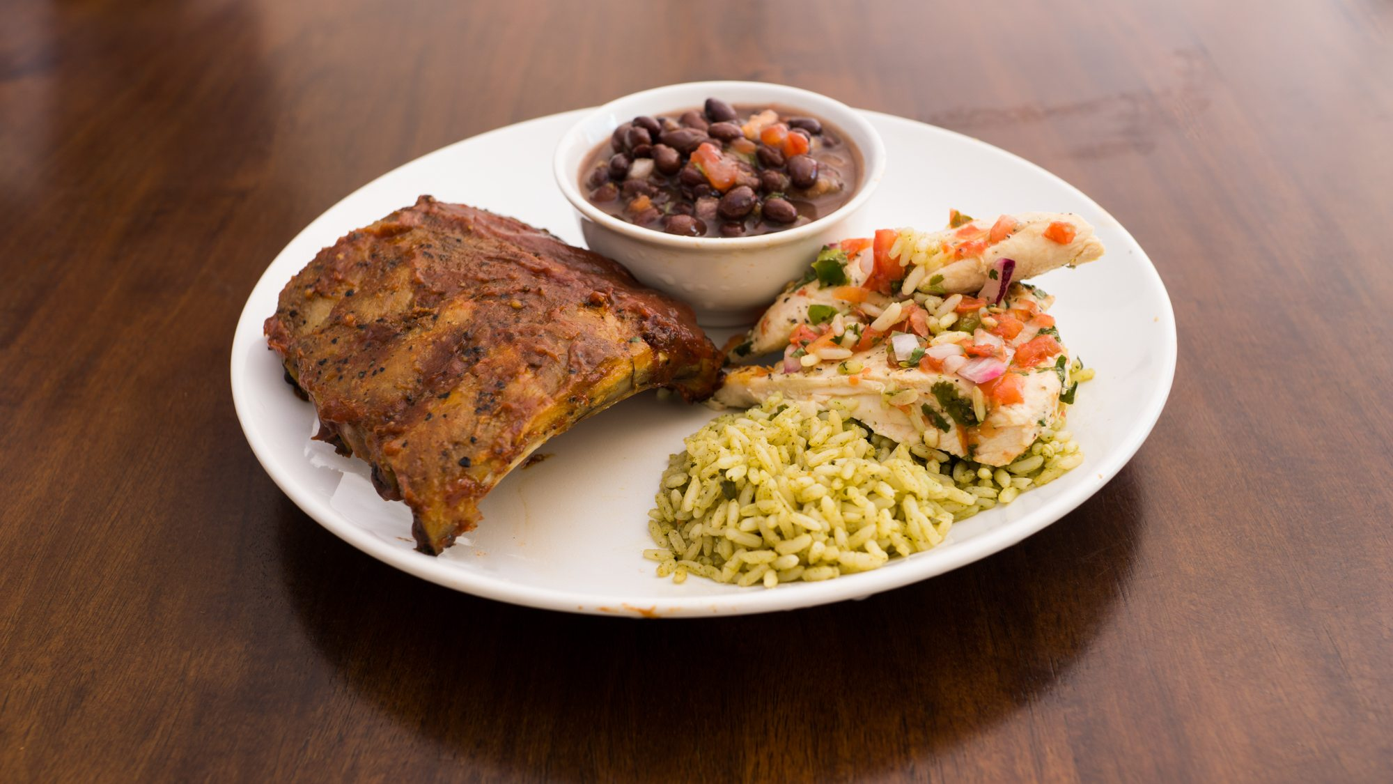 Chili's Grill and Bar Catering Plate
