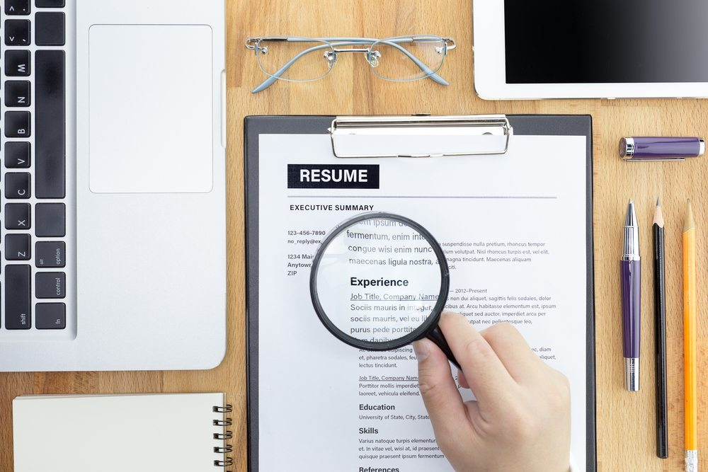 How to write a professional resume.